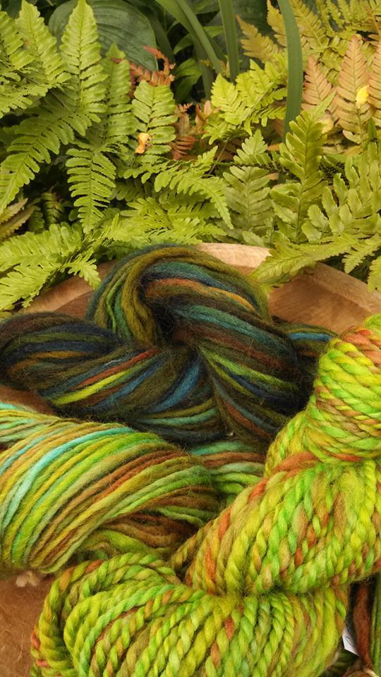 green yarn.jpg