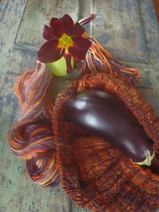 eggplant yarn.jpg