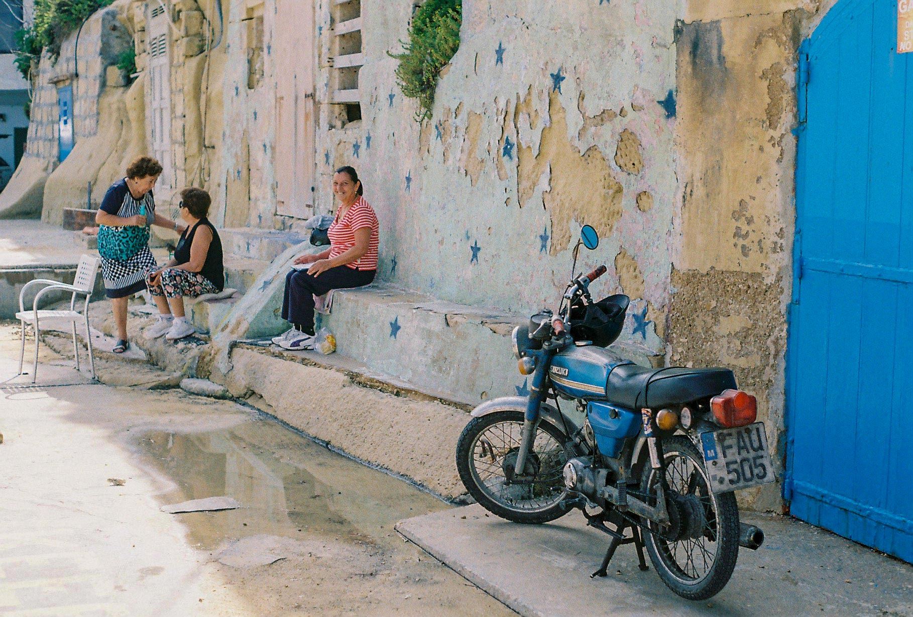 Maltese morning… they started playing cards soon after!