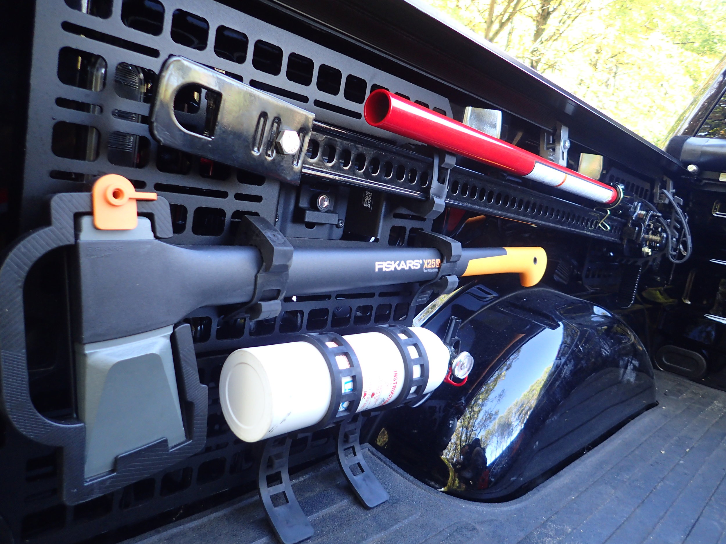 ford f-150 bedside rack raptor axe hi lift jack
