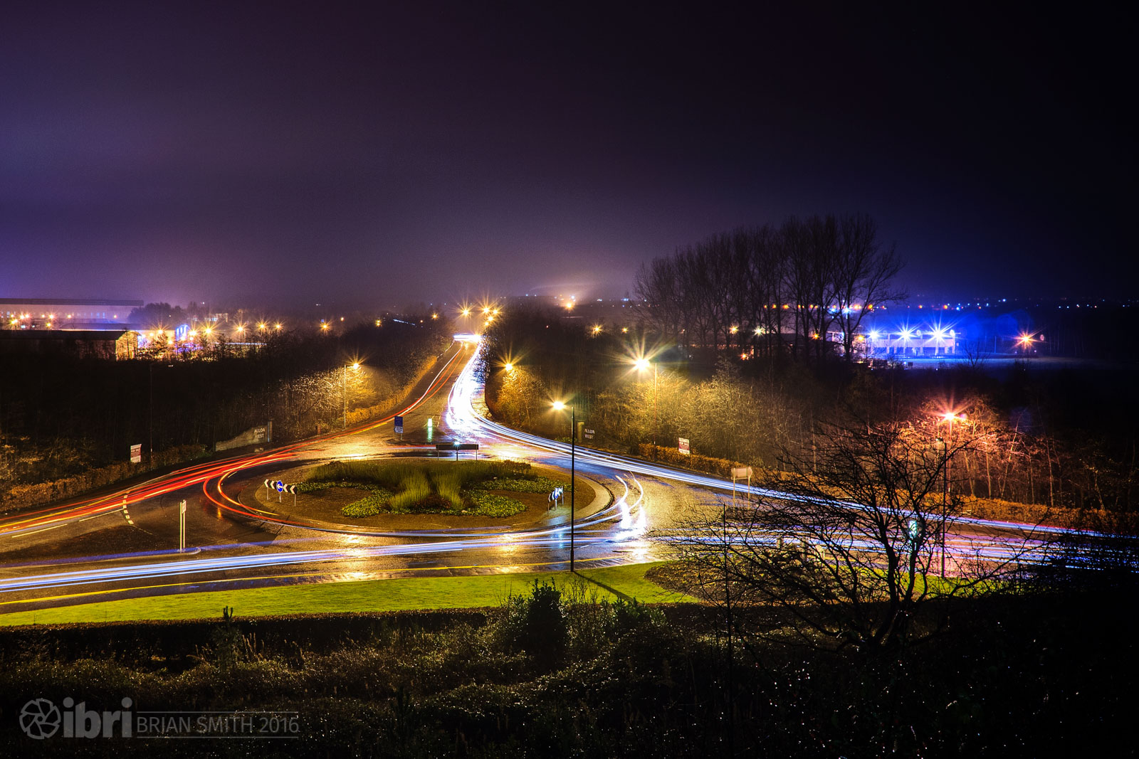 Five images combined to make the roundabout look a bit busier.