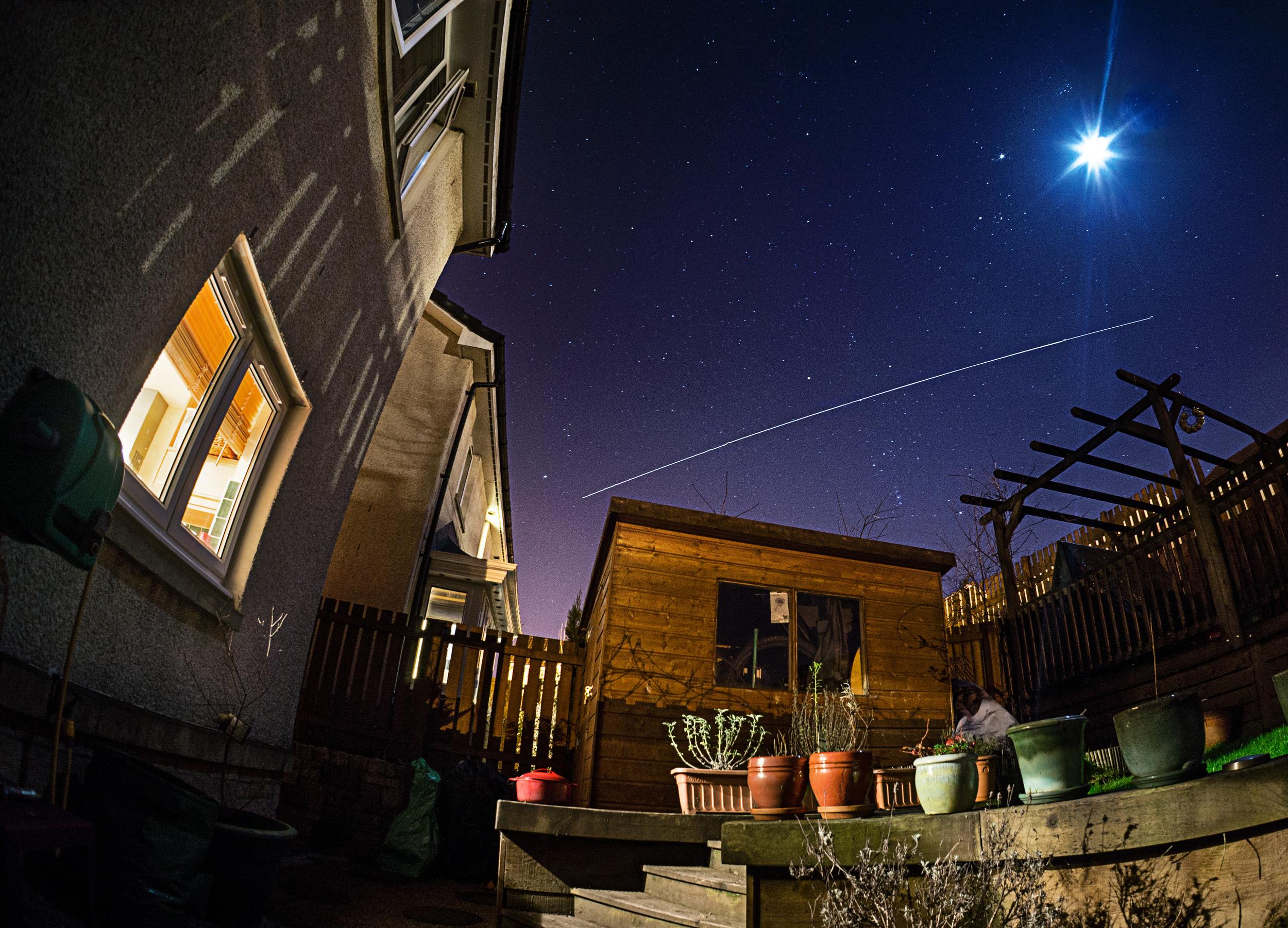 ISS Pass 17-02-2013 19:04
