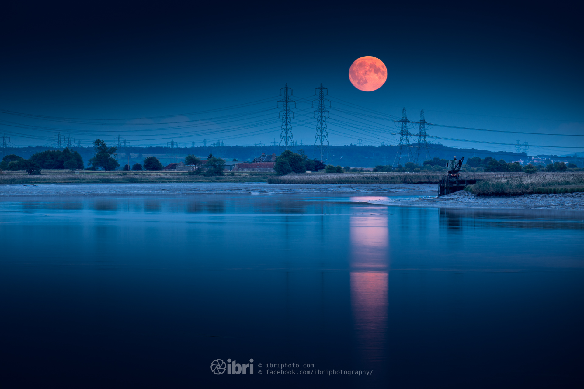 Last Night's Sturgeon Moon Rise over the River Forth