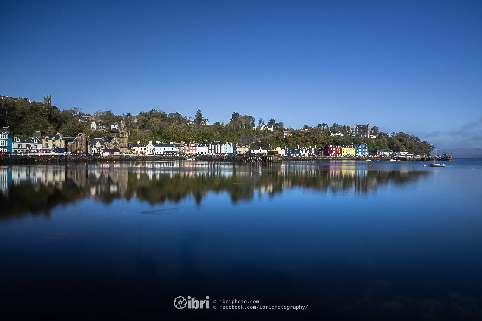 Tobermory, Isle of Mull in perfect October sunshine.