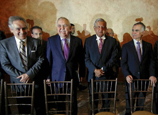 AMLO with northern Mexican businessmen