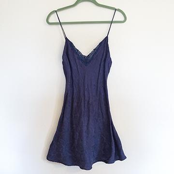 Boudoir - Navy Silk Chemise