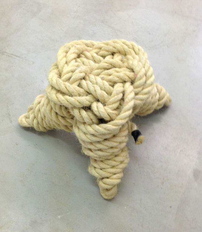 Rope+stool1_1024+copy.jpg