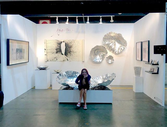 The Opening Night at the #LAartShow2019 was a packed house success! Today begins the rest of the show open to Public. Come see me & my work at Booth #906. . Stay tuned to follow the progress of the Show!! . . . . . #laartshow @LAartShow @DesignIsRI #DesignisRI #DesignIsRhodeIsland @designxri #DESIGNxRI @RImonthly @interiordesignmag #interiordesign #homedecor #design #furnituredesign #sculpture #pewter #printmaking #letterpress #metalworking #blacksmith #femaleblacksmith #emergingdesigner #contemporaryart #vessel #wallart #wallsculpture #contemporarydrawing #art+design #WarrenRI #GestureSeries @made_x_mason #McKenzieGibson #McKenzieGibsonStudios