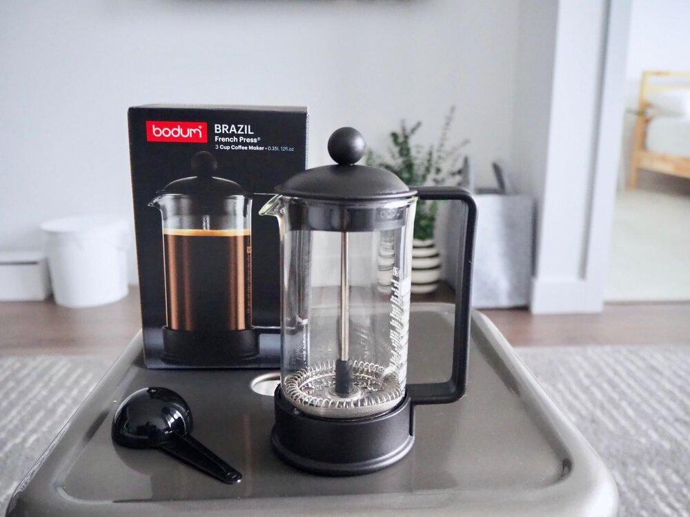プレス コーヒー フレンチ コーヒープレスの使い方|おすすめ3タイプの特徴や違いについて(フレンチプレス、エアロプレス、アメリカンプレス)