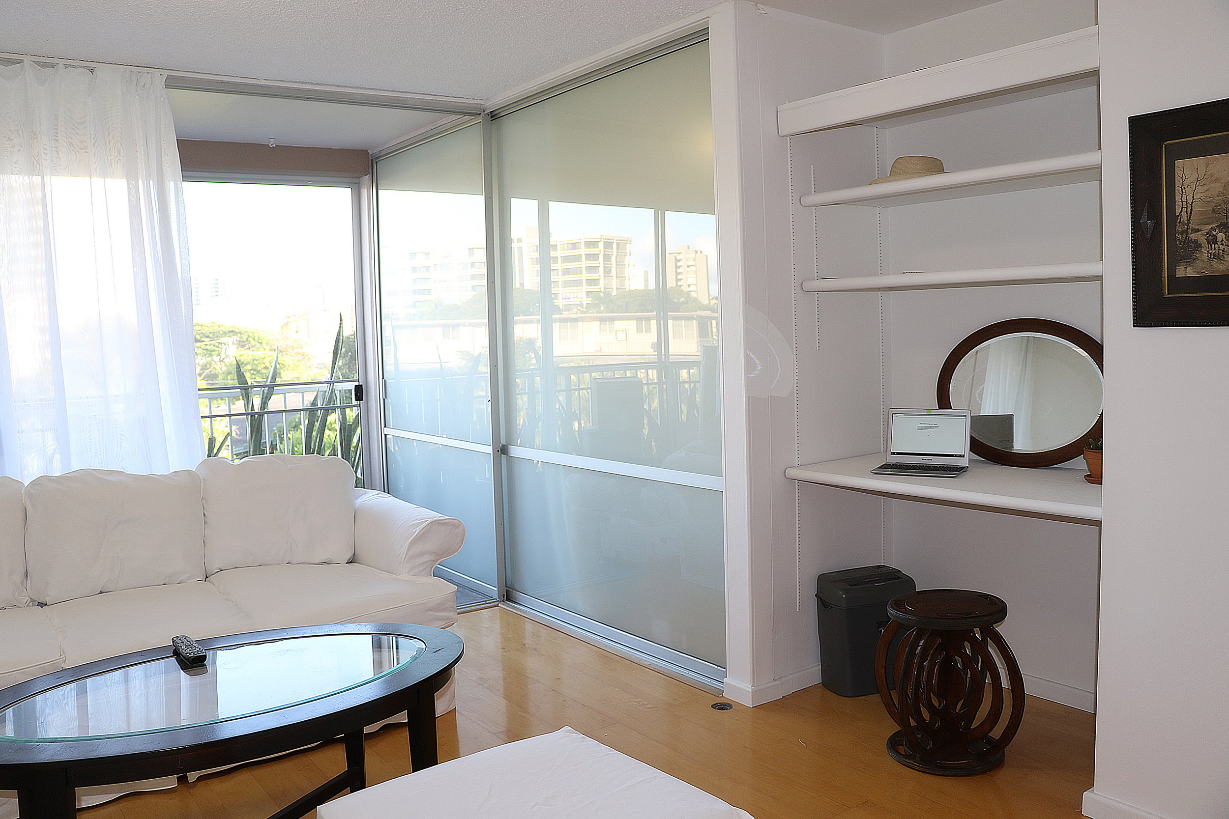livingroom 1_2.jpg