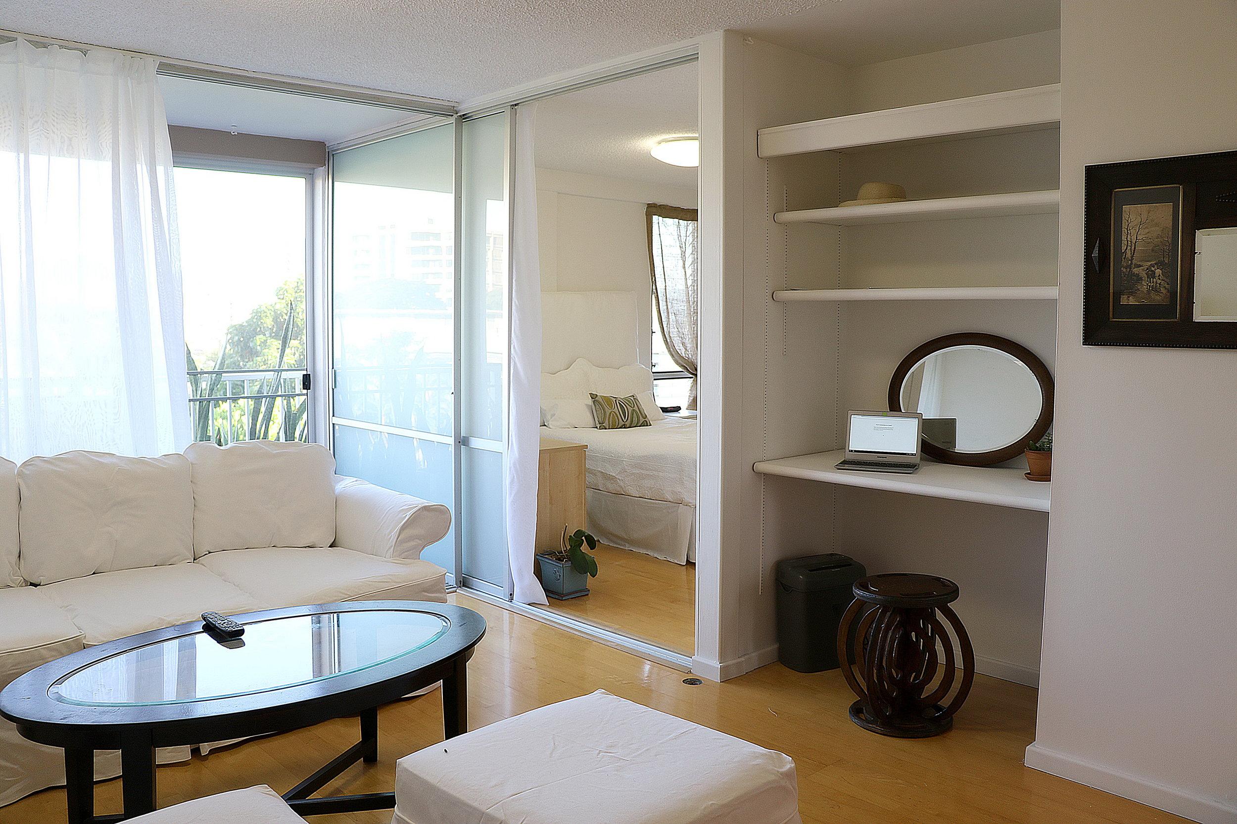 livingroom 1_3.jpg