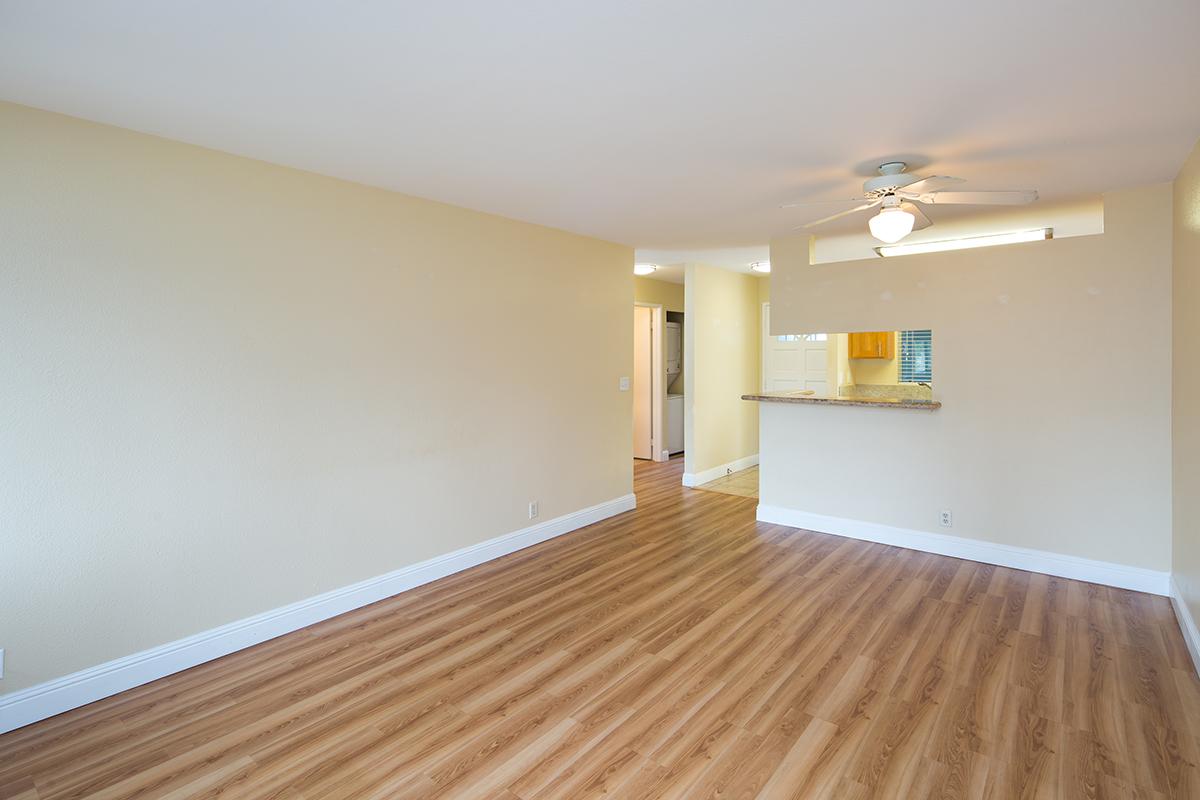 4 Living room 3 MLS.jpg