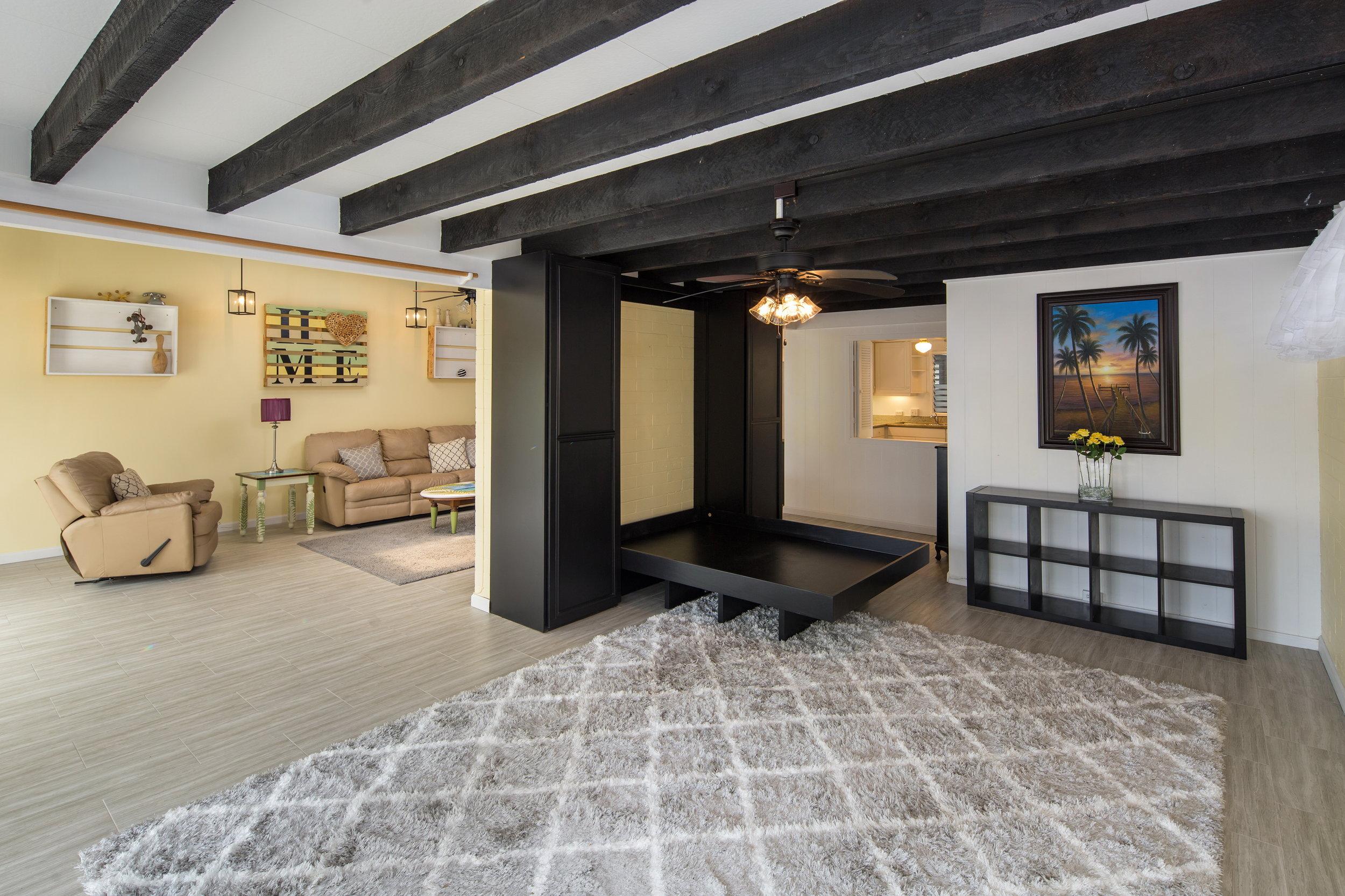 Living room 3.1.jpg