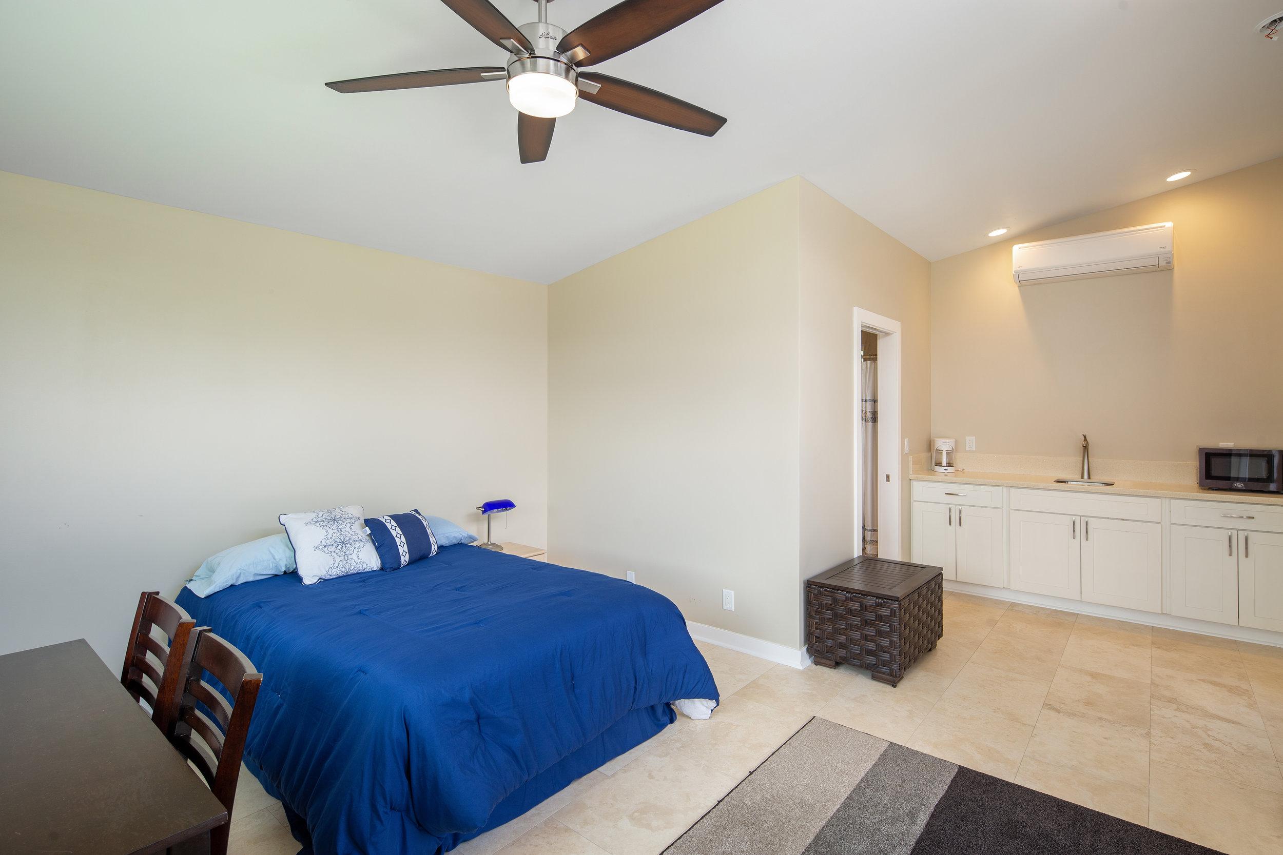 Guest house room 2.jpg