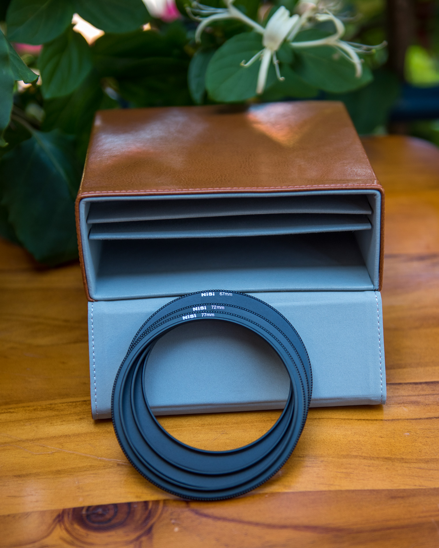 Lens adapter rings