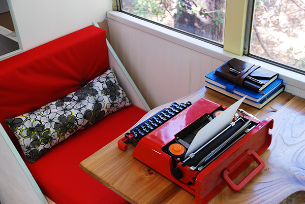 fancy-wood-table-typewriter-notepad.jpg