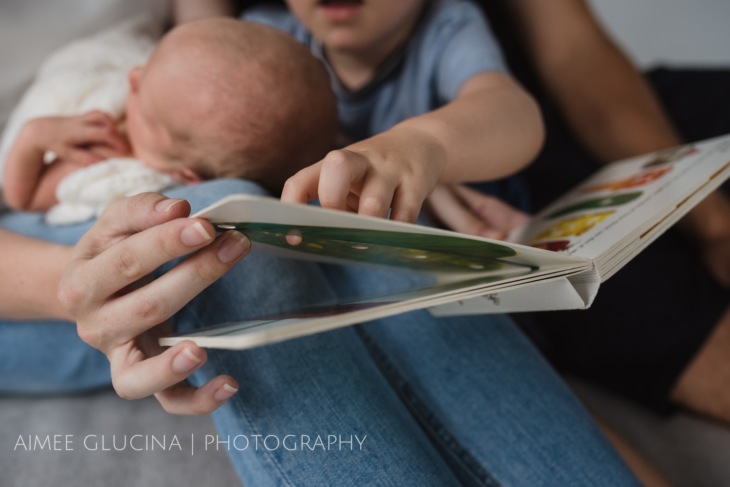 Hills Newborn Lifestyle Session by Aimee Glucina Photography-37.jpg