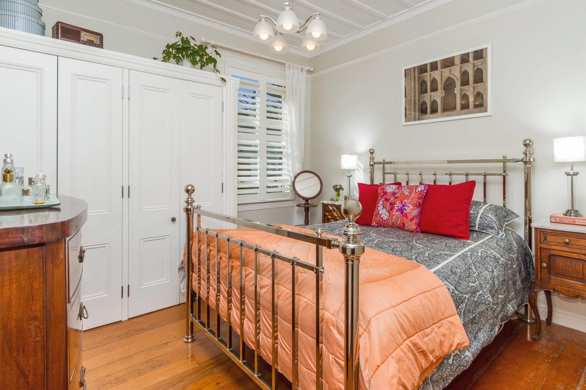 Owens-Bedroom-.jpg