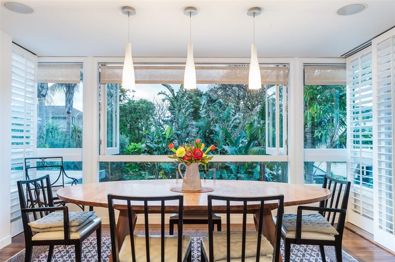 Many a dinner-party has been hosted perched among the palms