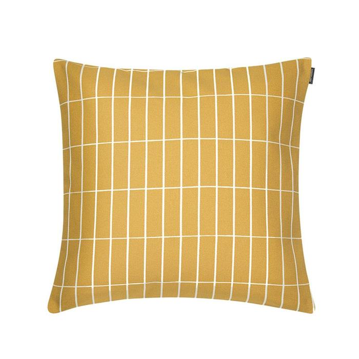 Bolt of Cloth Pieni Tiliskivi Cushion >>  a simple, structured pattern to combat its flat-colour companions, also from Bolt of Cloth.