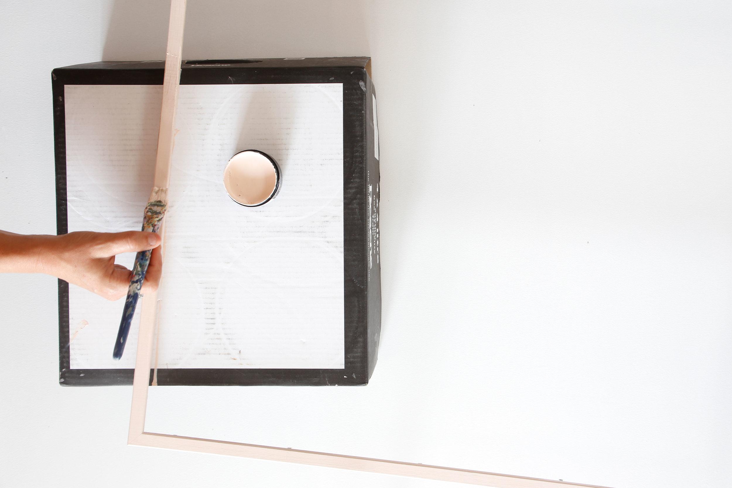 Resene-AbstractArt-DIY-FramePaint.jpg