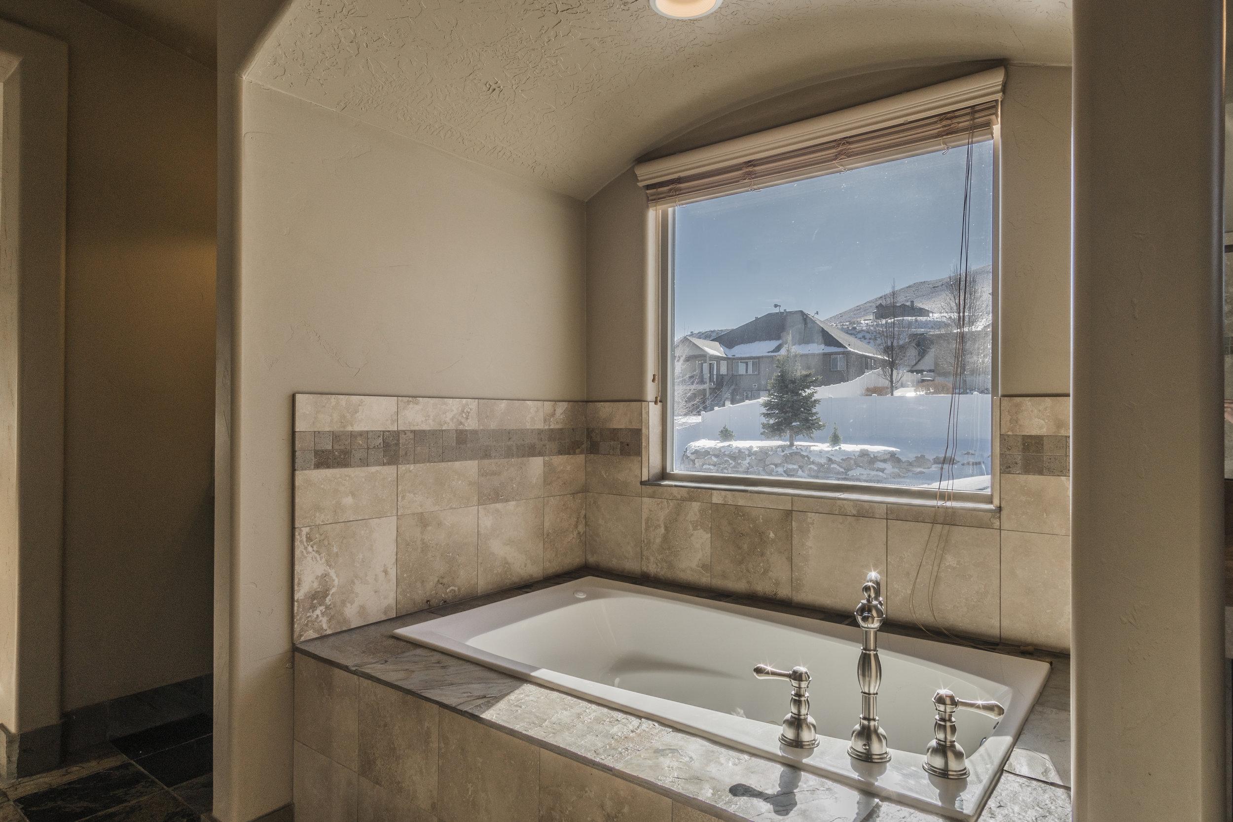 Photo-104694-Master Bathroom-024.jpg