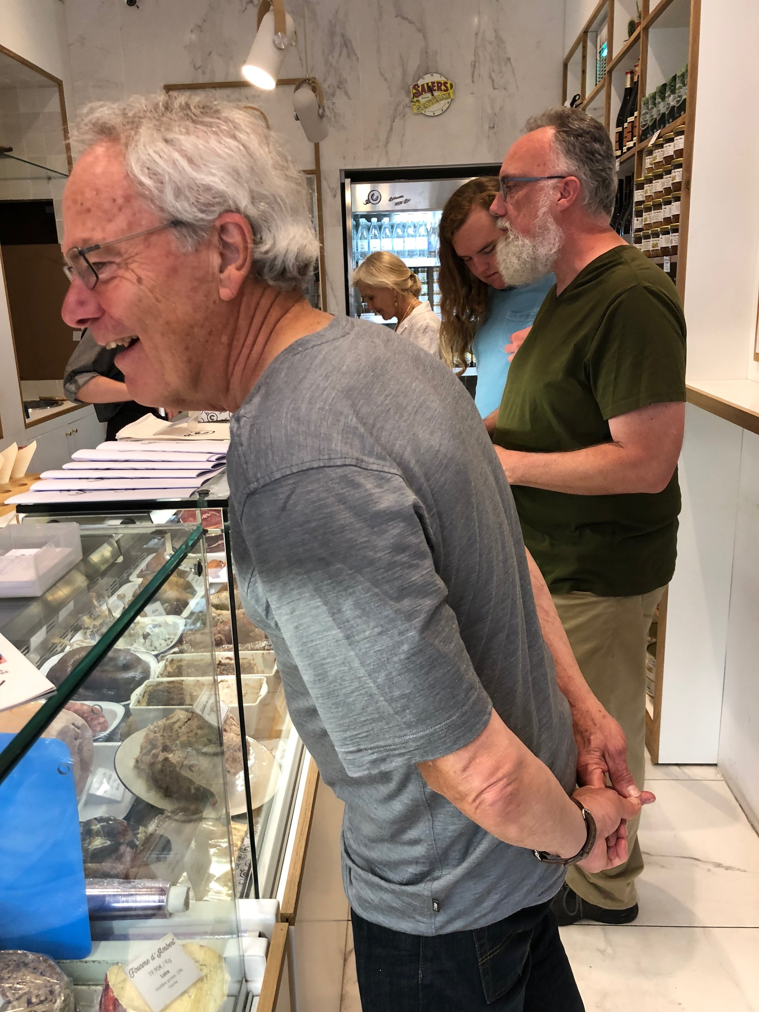 Dad, Tom and Adam  dans la Fromagerie