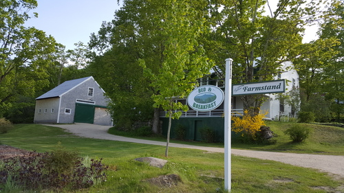 The Farmstand B&B - Warm hospitality combined with locally sourced food makes for a one of a kind Chocorua Village stay.
