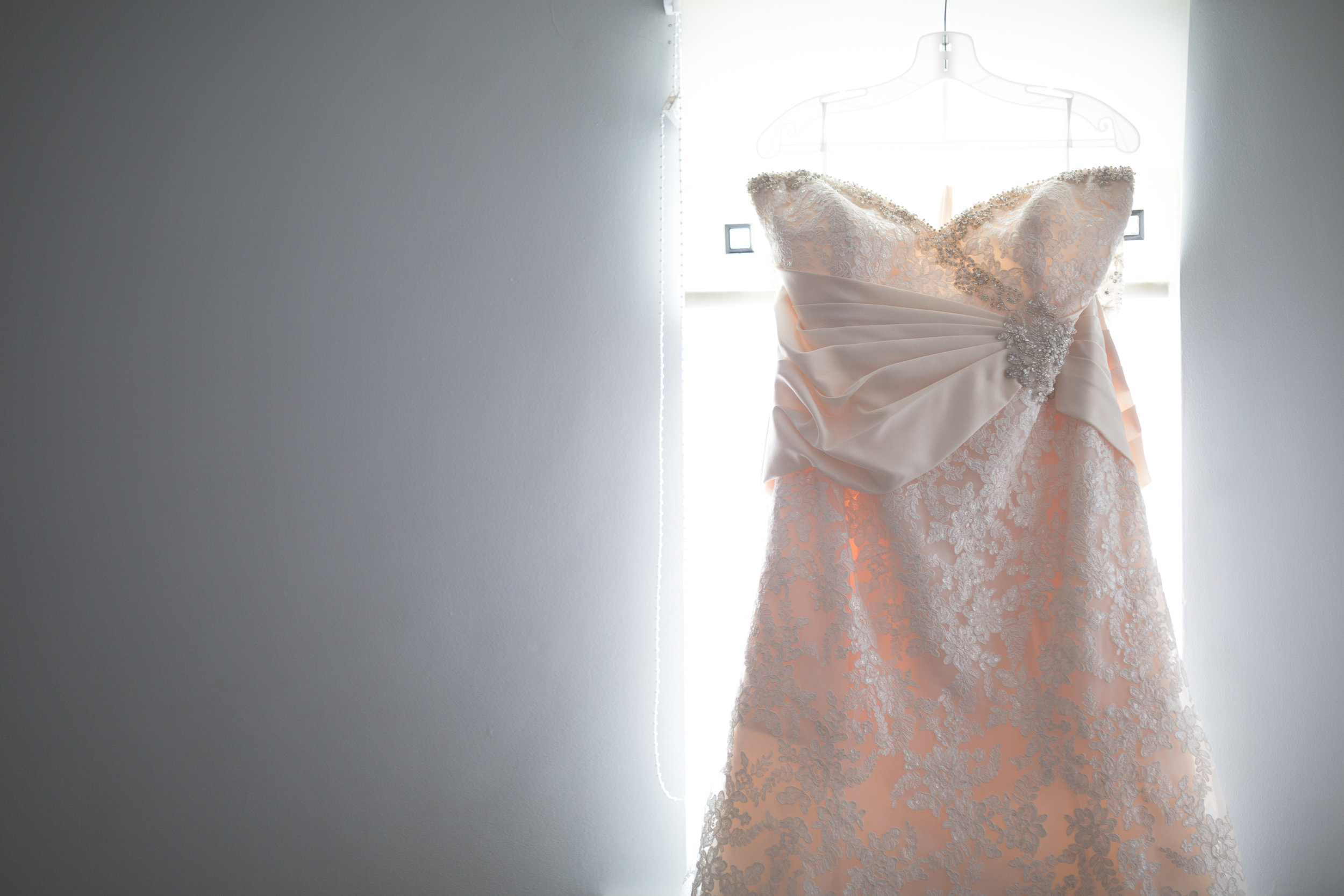 Antoinette & Stephen - Bridal Preparations | Brian McEwan Photography | Wedding Photographer Northern Ireland 6.jpg