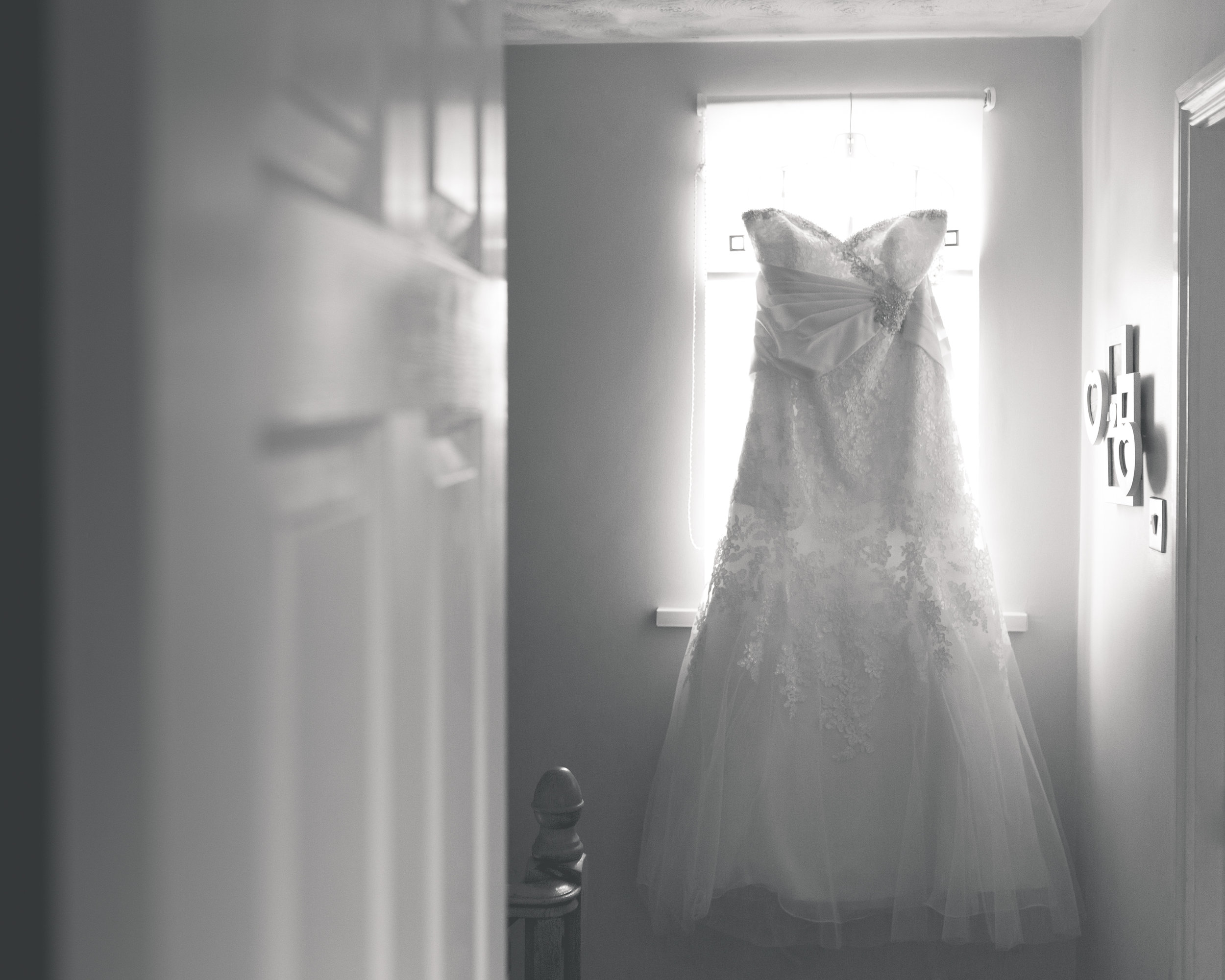 Antoinette & Stephen - Bridal Preparations | Brian McEwan Photography | Wedding Photographer Northern Ireland 5.jpg