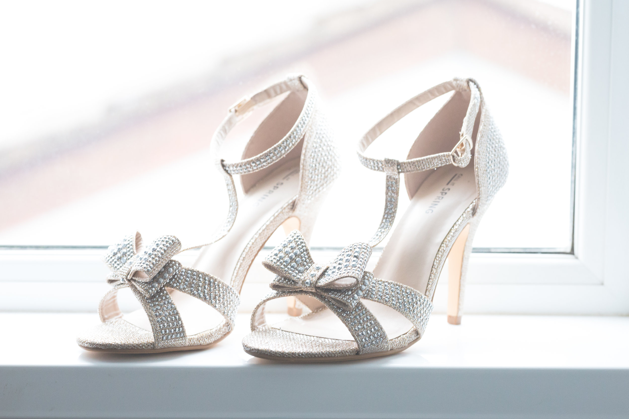 Antoinette & Stephen - Bridal Preparations | Brian McEwan Photography | Wedding Photographer Northern Ireland 16.jpg