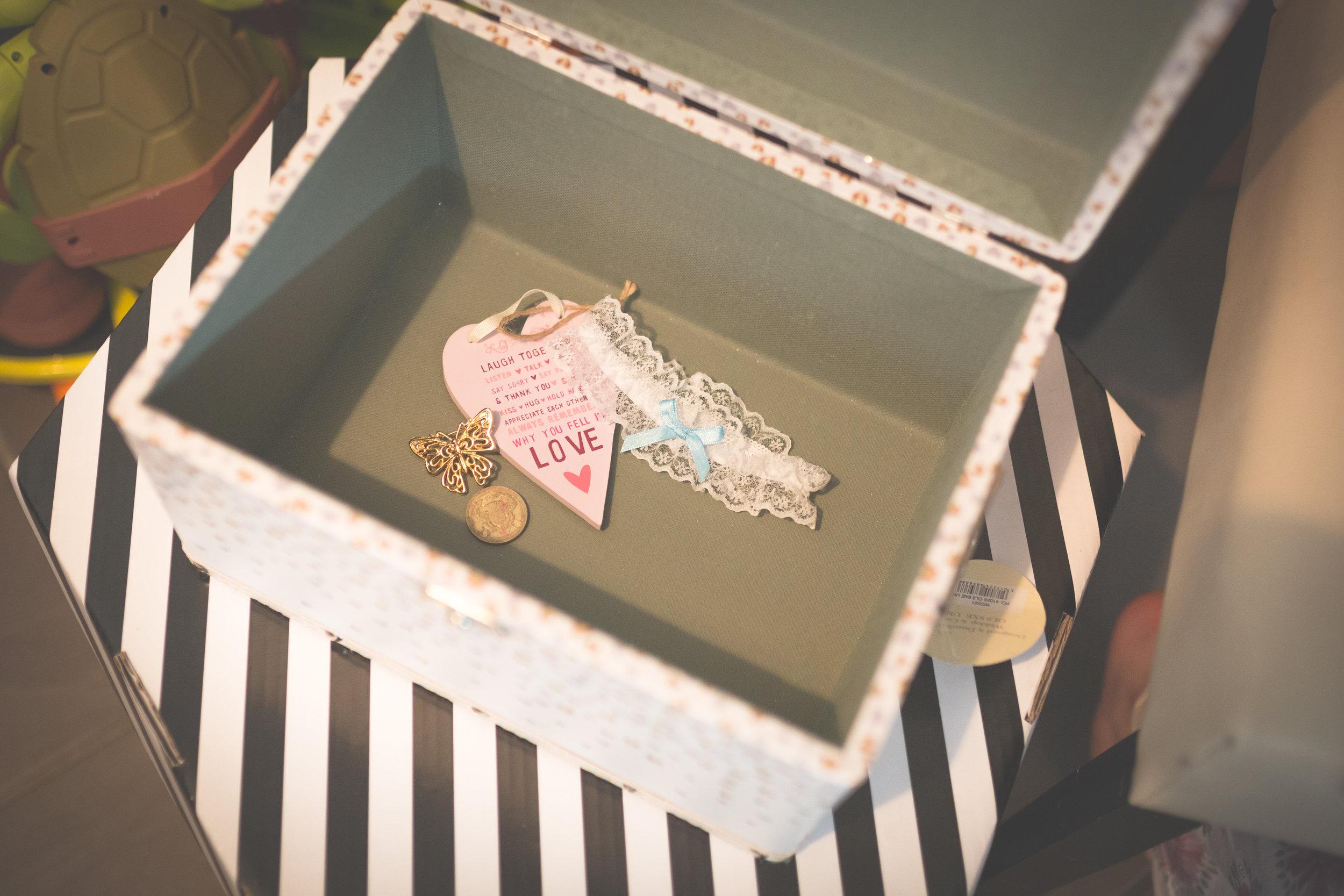 Antoinette & Stephen - Bridal Preparations | Brian McEwan Photography | Wedding Photographer Northern Ireland 55.jpg