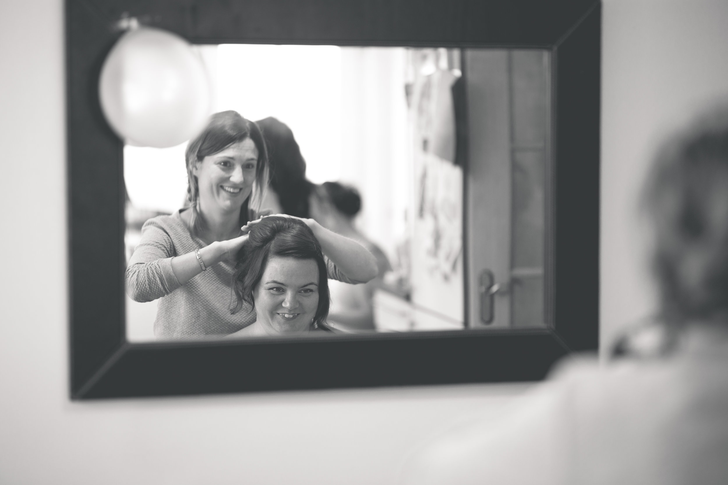 Antoinette & Stephen - Bridal Preparations | Brian McEwan Photography | Wedding Photographer Northern Ireland 95.jpg
