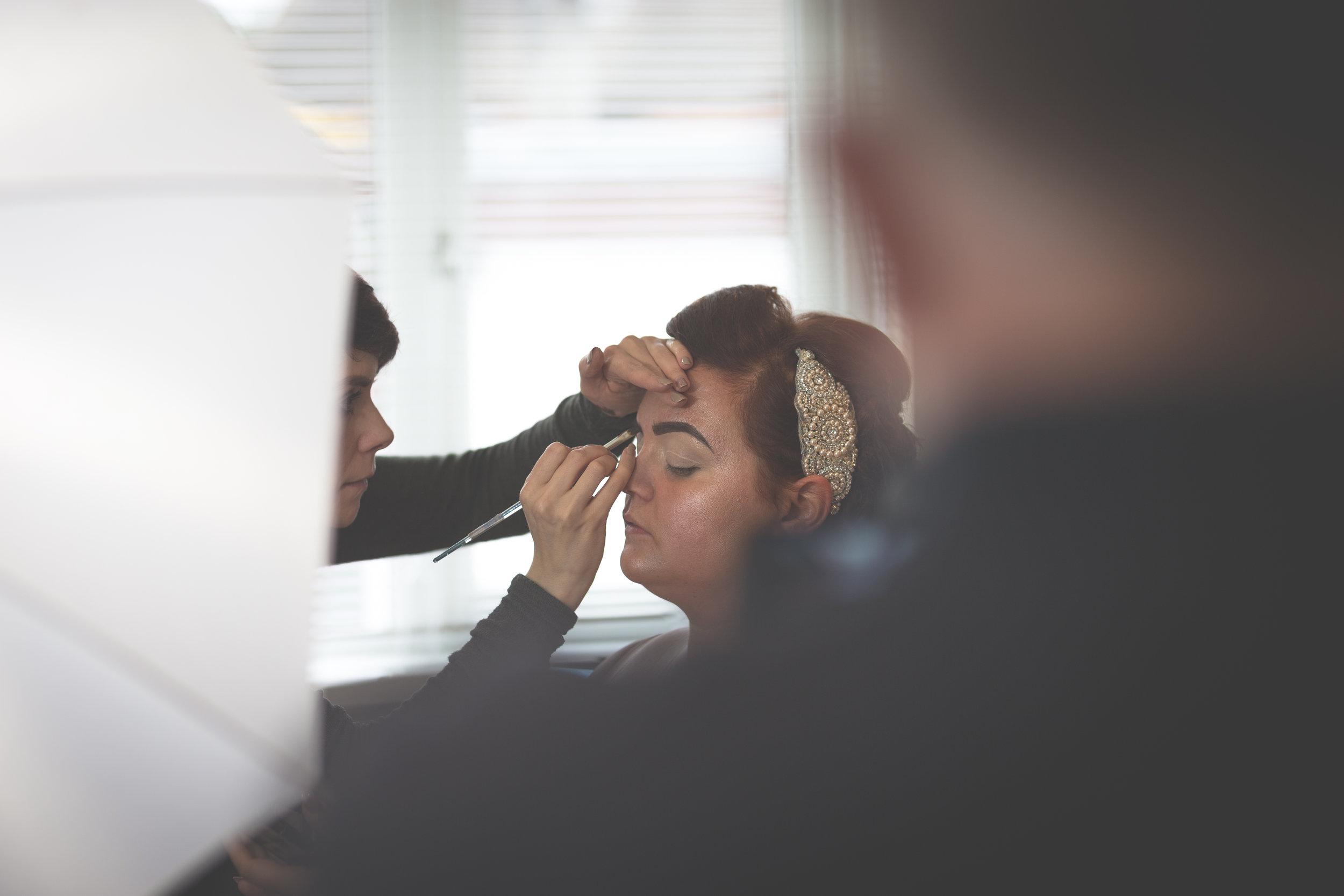 Antoinette & Stephen - Bridal Preparations | Brian McEwan Photography | Wedding Photographer Northern Ireland 131.jpg