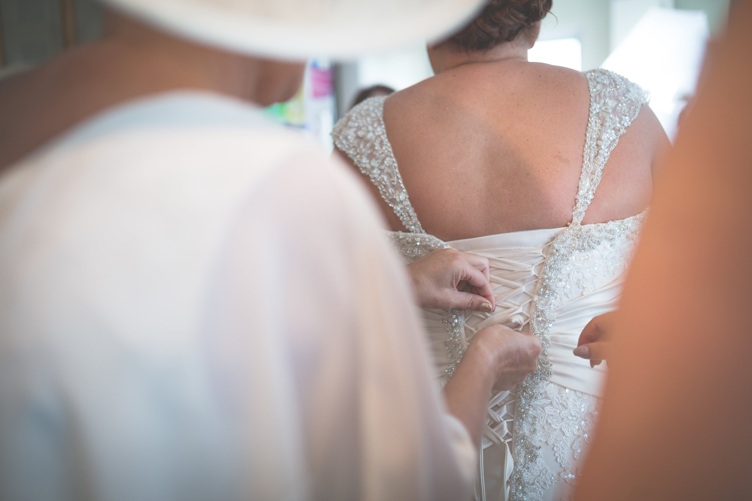 Antoinette & Stephen - Bridal Preparations | Brian McEwan Photography | Wedding Photographer Northern Ireland 136.jpg