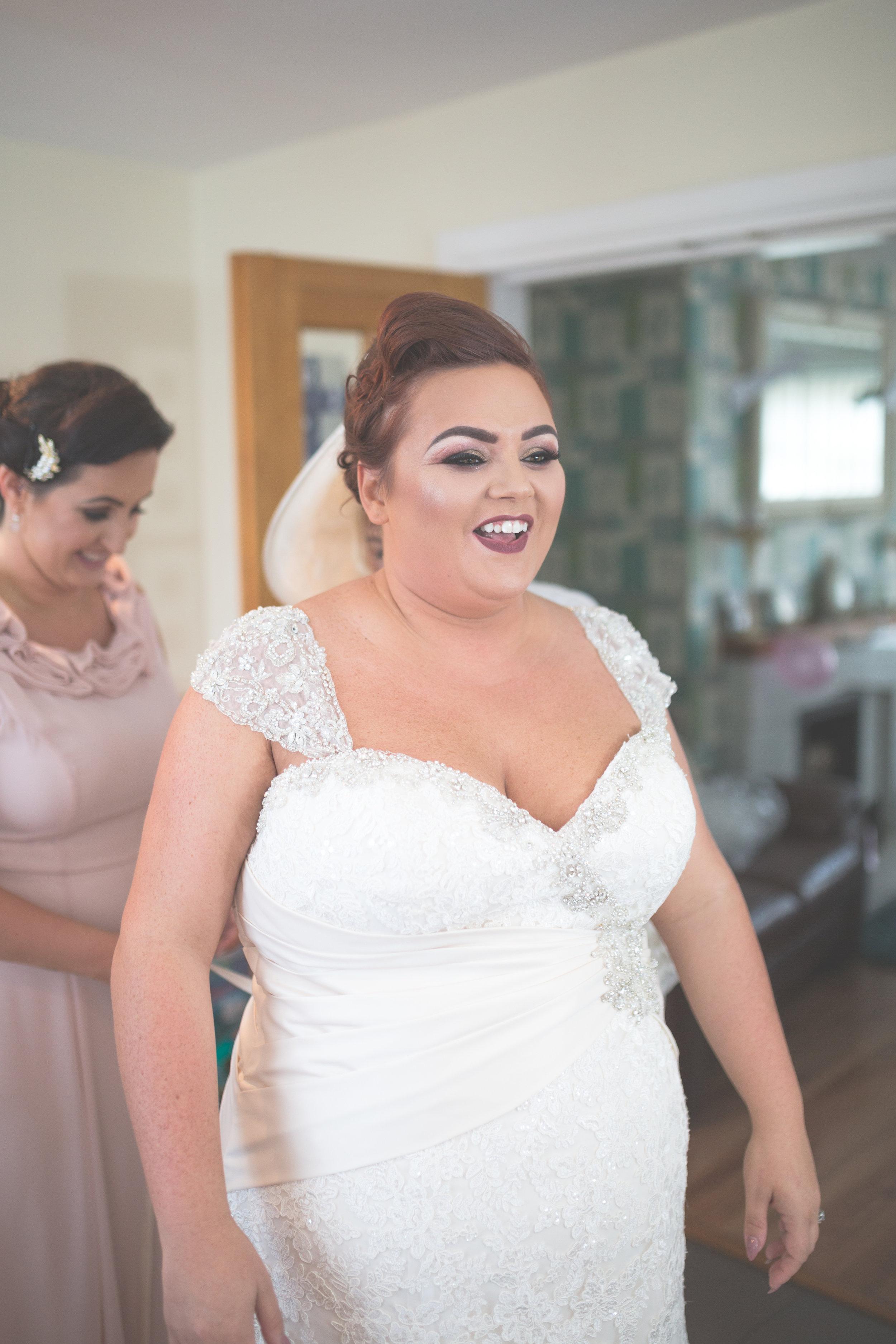 Antoinette & Stephen - Bridal Preparations | Brian McEwan Photography | Wedding Photographer Northern Ireland 144.jpg
