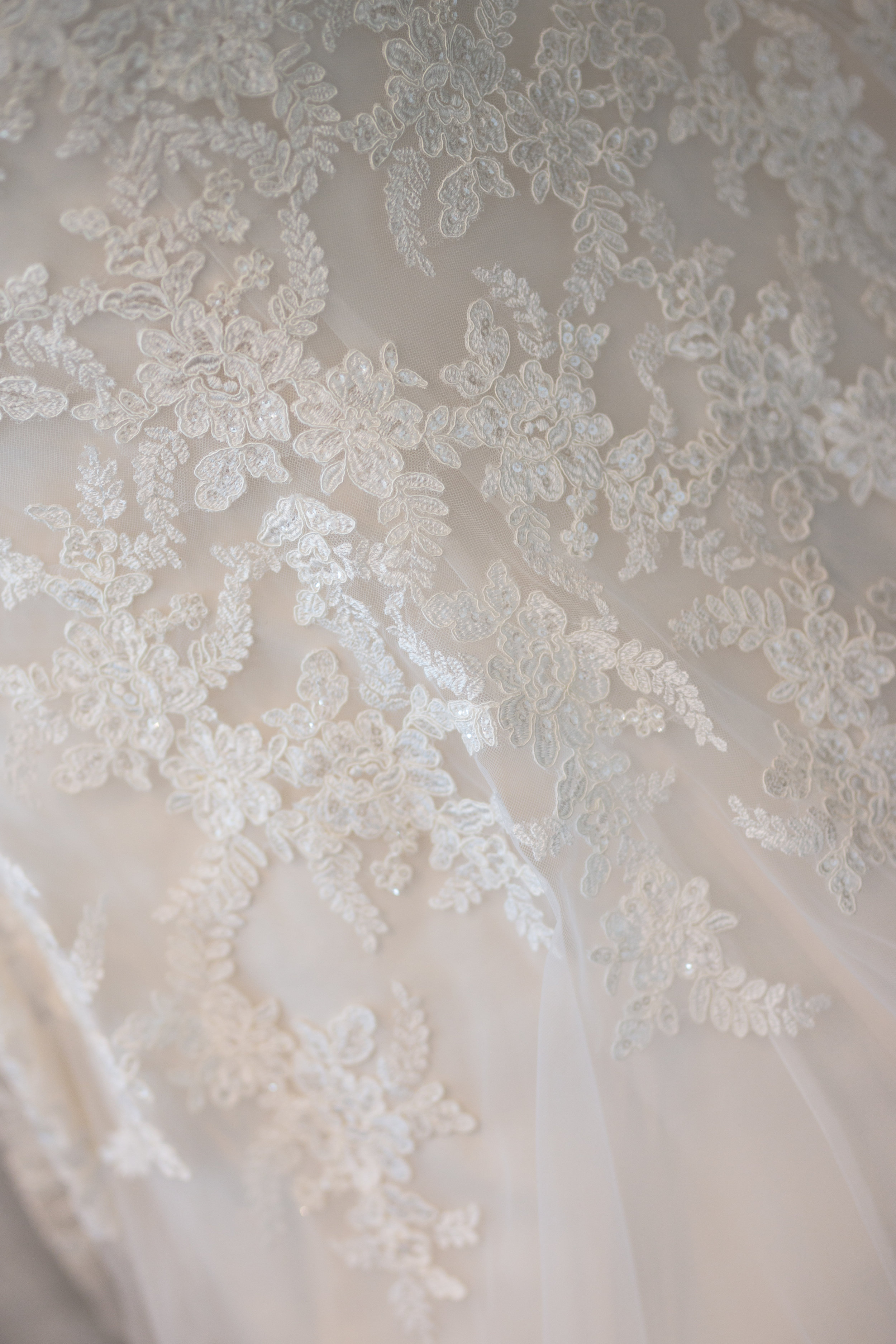 Antoinette & Stephen - Bridal Preparations | Brian McEwan Photography | Wedding Photographer Northern Ireland 150.jpg