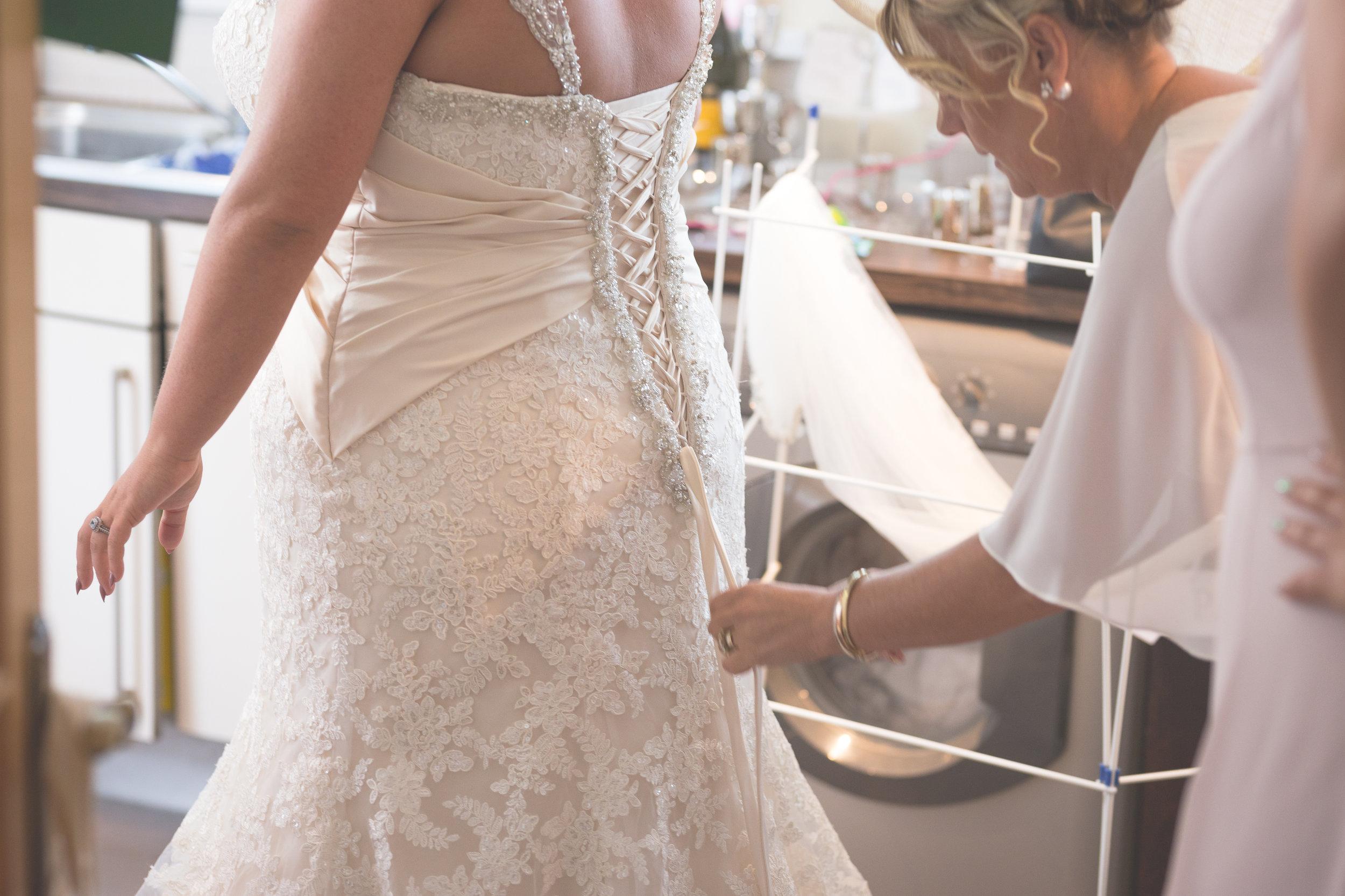 Antoinette & Stephen - Bridal Preparations | Brian McEwan Photography | Wedding Photographer Northern Ireland 158.jpg