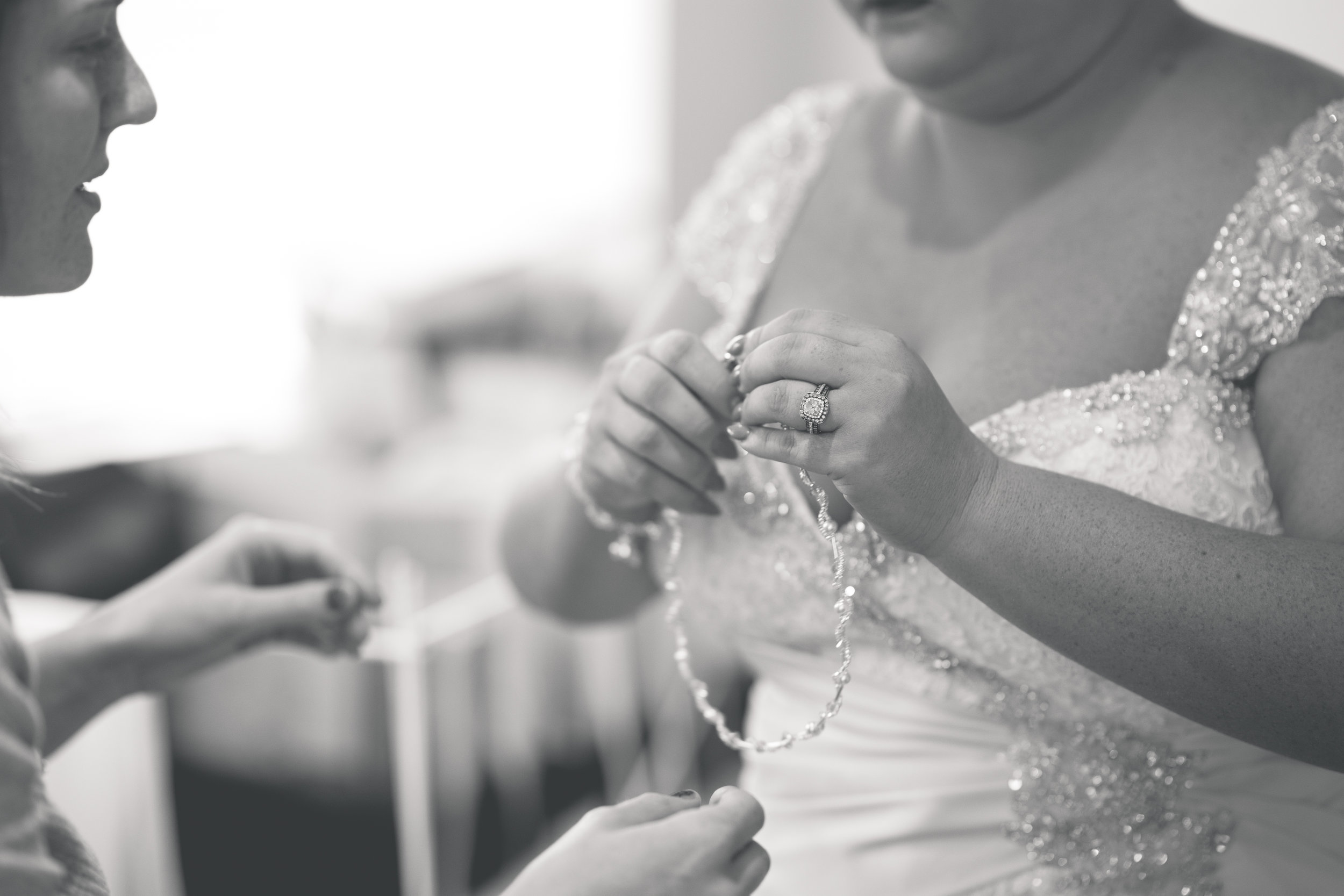 Antoinette & Stephen - Bridal Preparations | Brian McEwan Photography | Wedding Photographer Northern Ireland 174.jpg