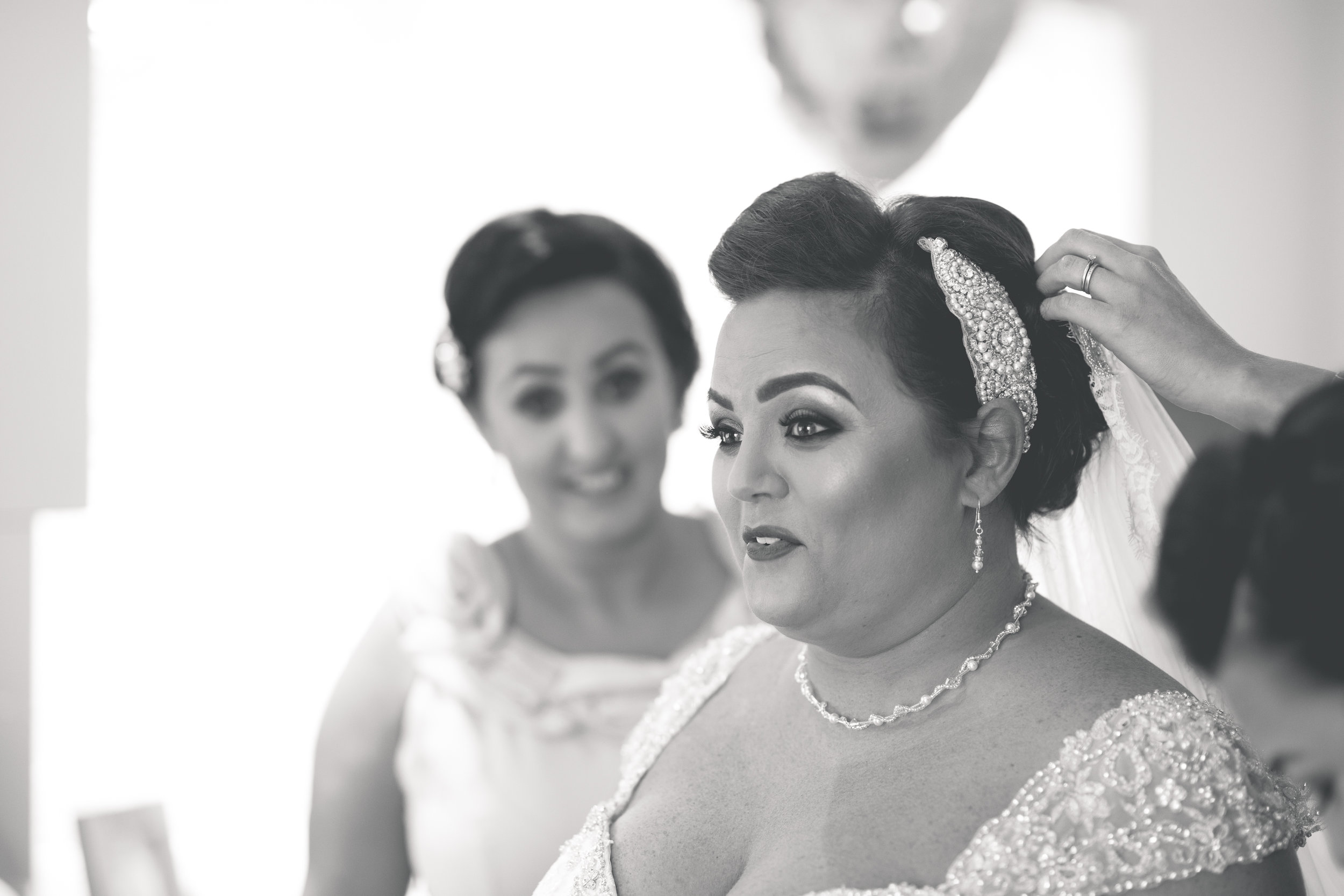 Antoinette & Stephen - Bridal Preparations | Brian McEwan Photography | Wedding Photographer Northern Ireland 178.jpg