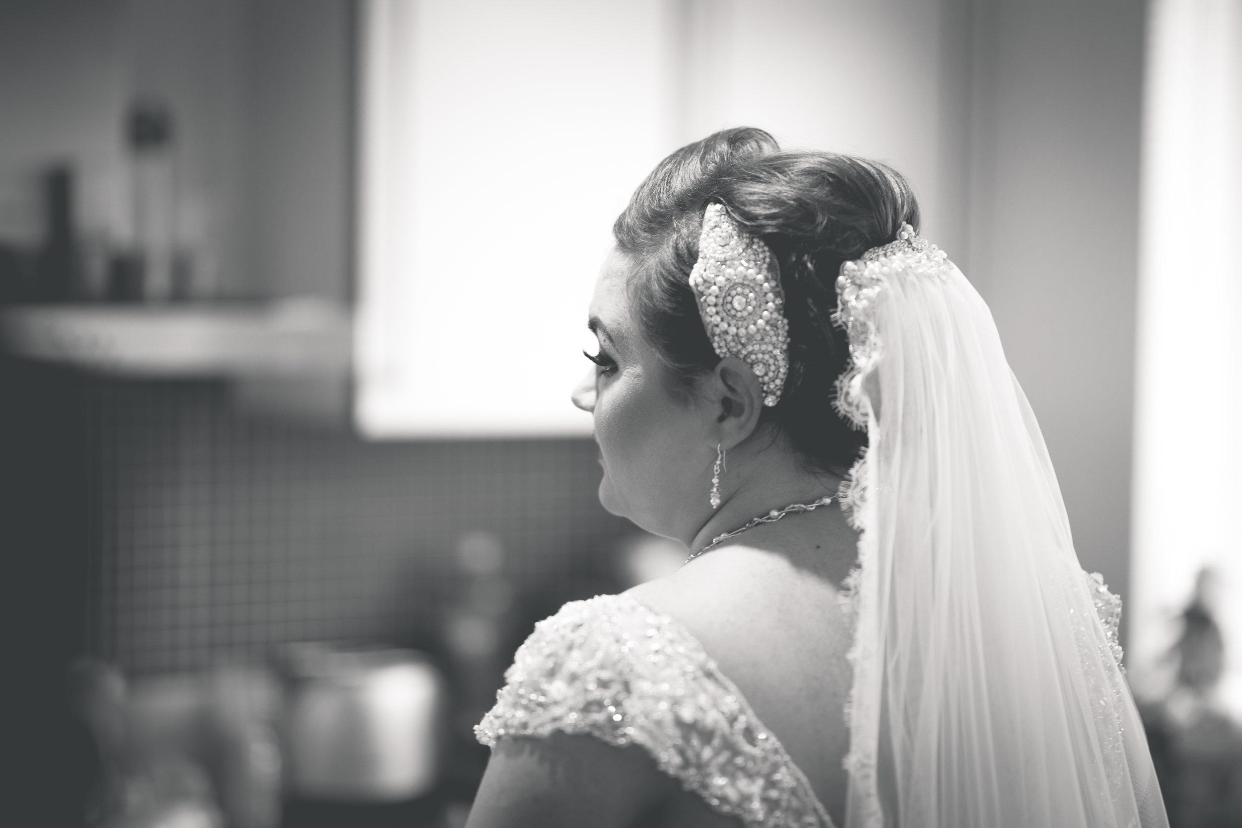 Antoinette & Stephen - Bridal Preparations | Brian McEwan Photography | Wedding Photographer Northern Ireland 188.jpg