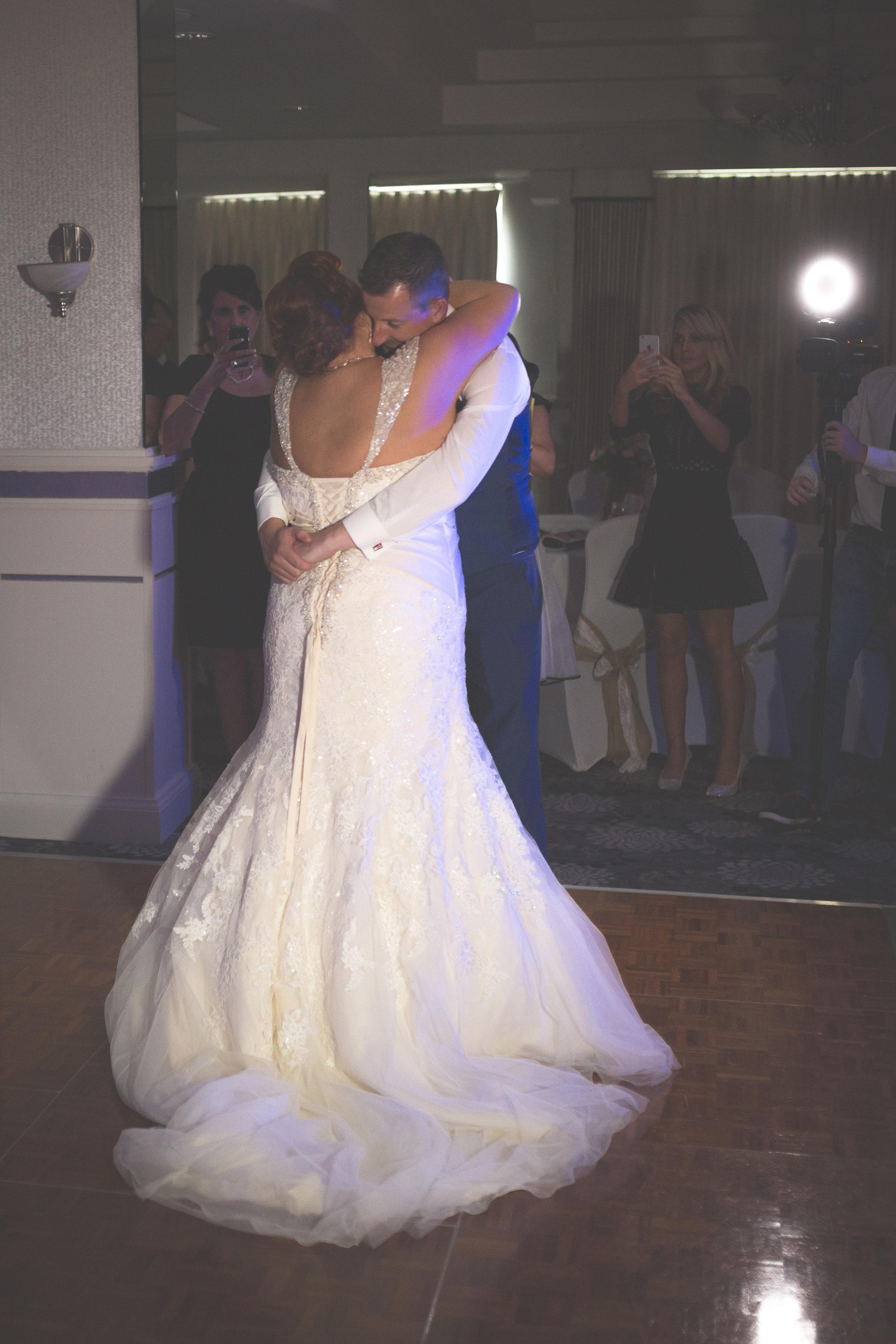 Antoinette & Stephen - First Dance | Brian McEwan Photography | Wedding Photographer Northern Ireland 5.jpg