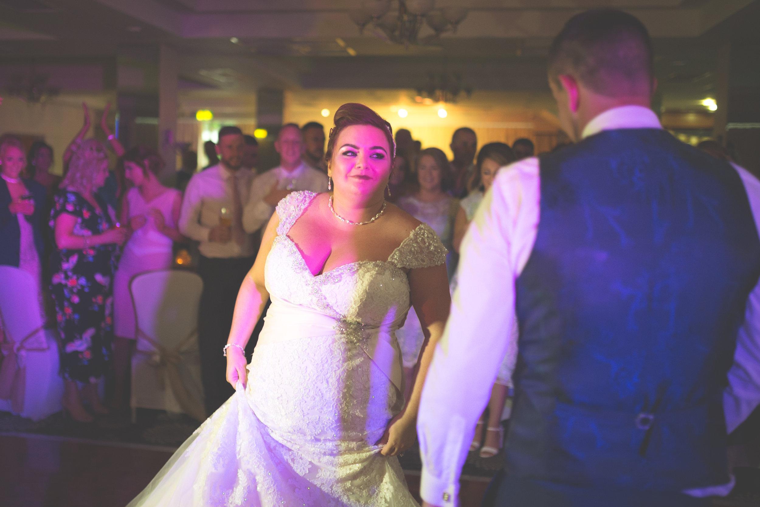Antoinette & Stephen - First Dance | Brian McEwan Photography | Wedding Photographer Northern Ireland 21.jpg