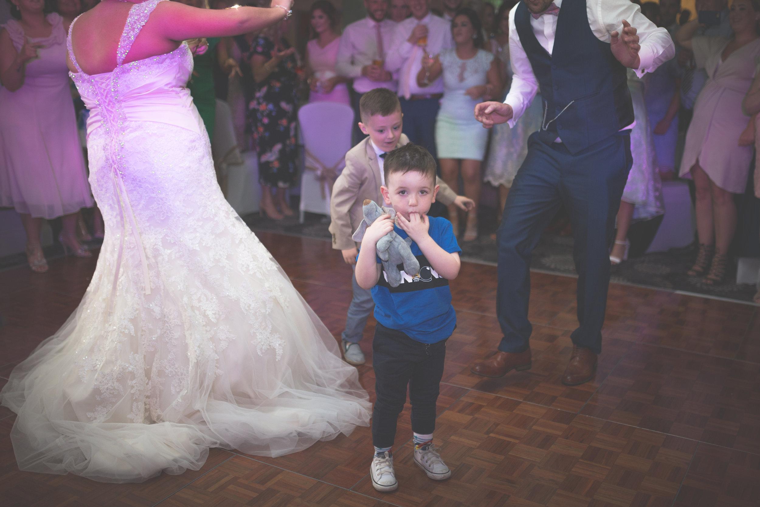 Antoinette & Stephen - First Dance | Brian McEwan Photography | Wedding Photographer Northern Ireland 26.jpg