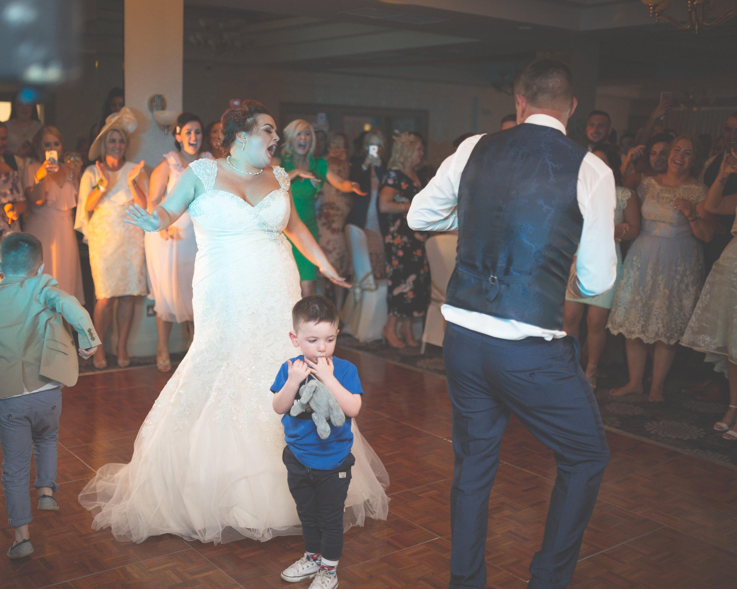 Antoinette & Stephen - First Dance | Brian McEwan Photography | Wedding Photographer Northern Ireland 25.jpg