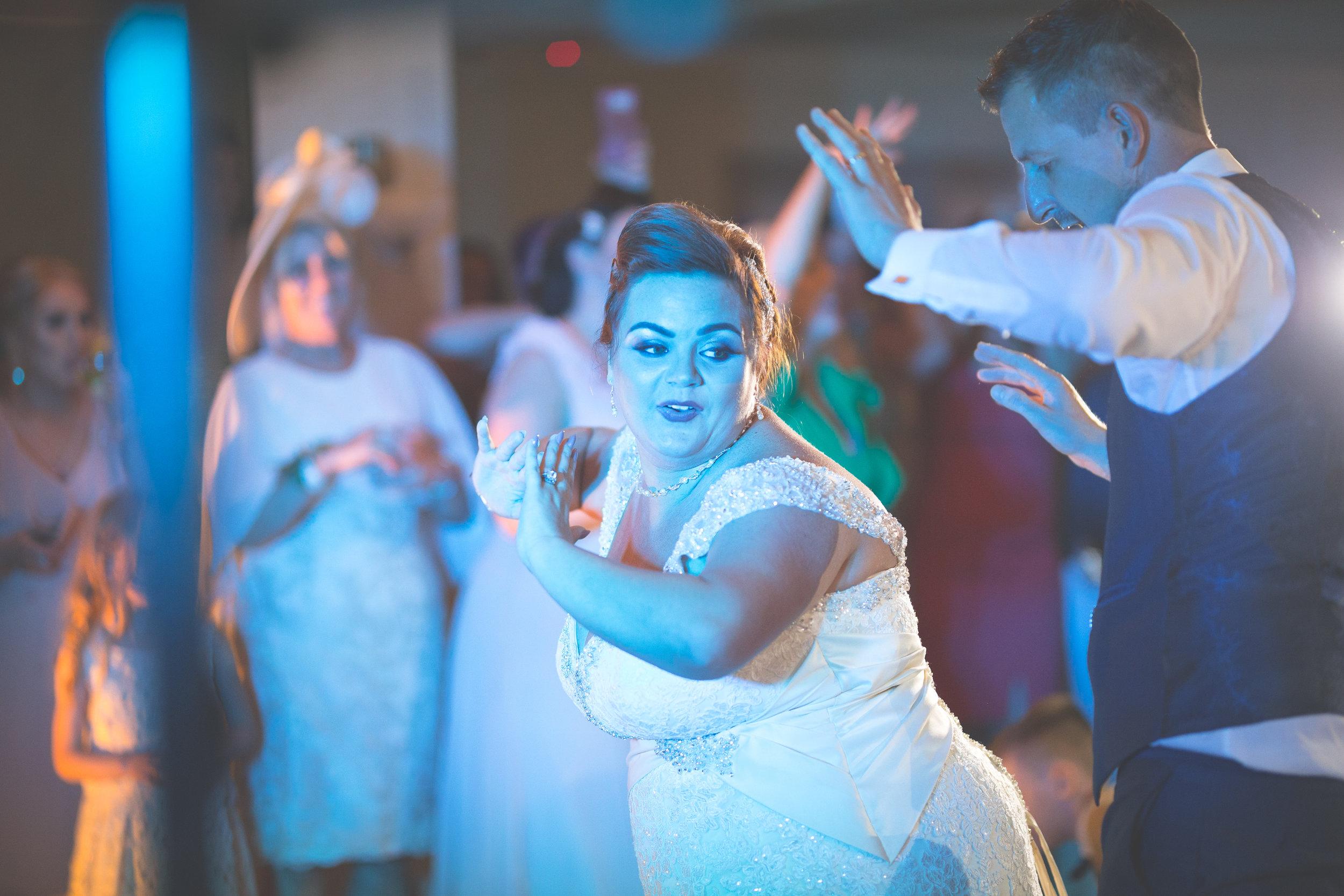 Antoinette & Stephen - First Dance | Brian McEwan Photography | Wedding Photographer Northern Ireland 33.jpg