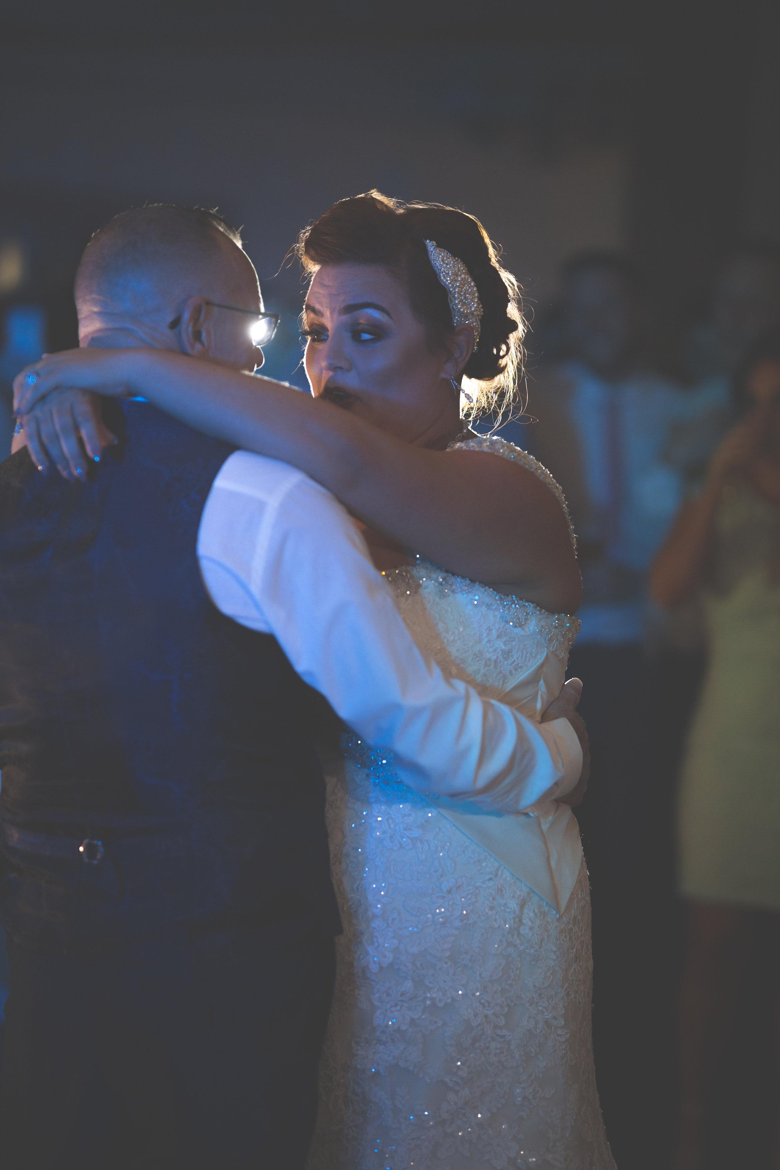 Antoinette & Stephen - First Dance | Brian McEwan Photography | Wedding Photographer Northern Ireland 37.jpg