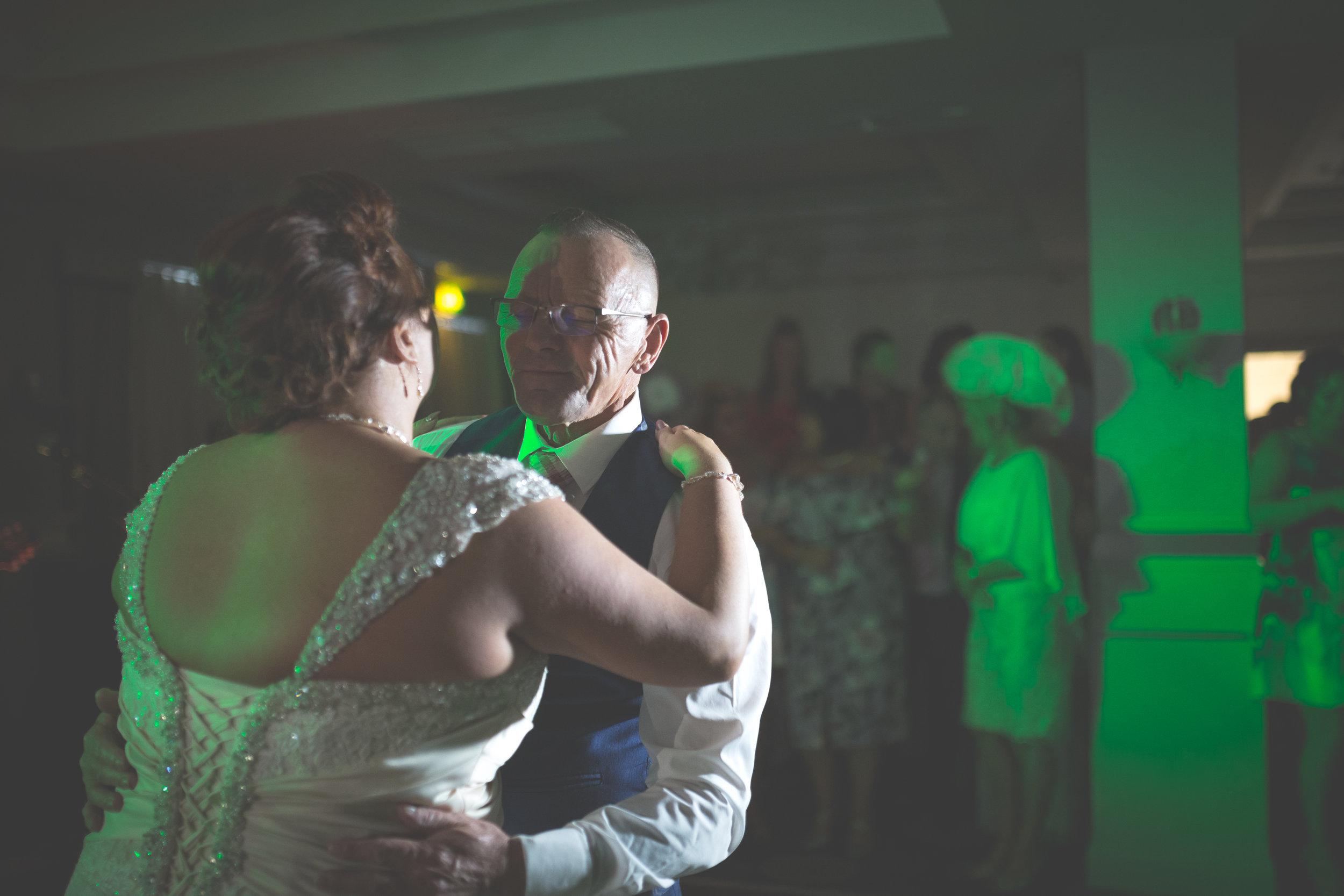 Antoinette & Stephen - First Dance | Brian McEwan Photography | Wedding Photographer Northern Ireland 38.jpg