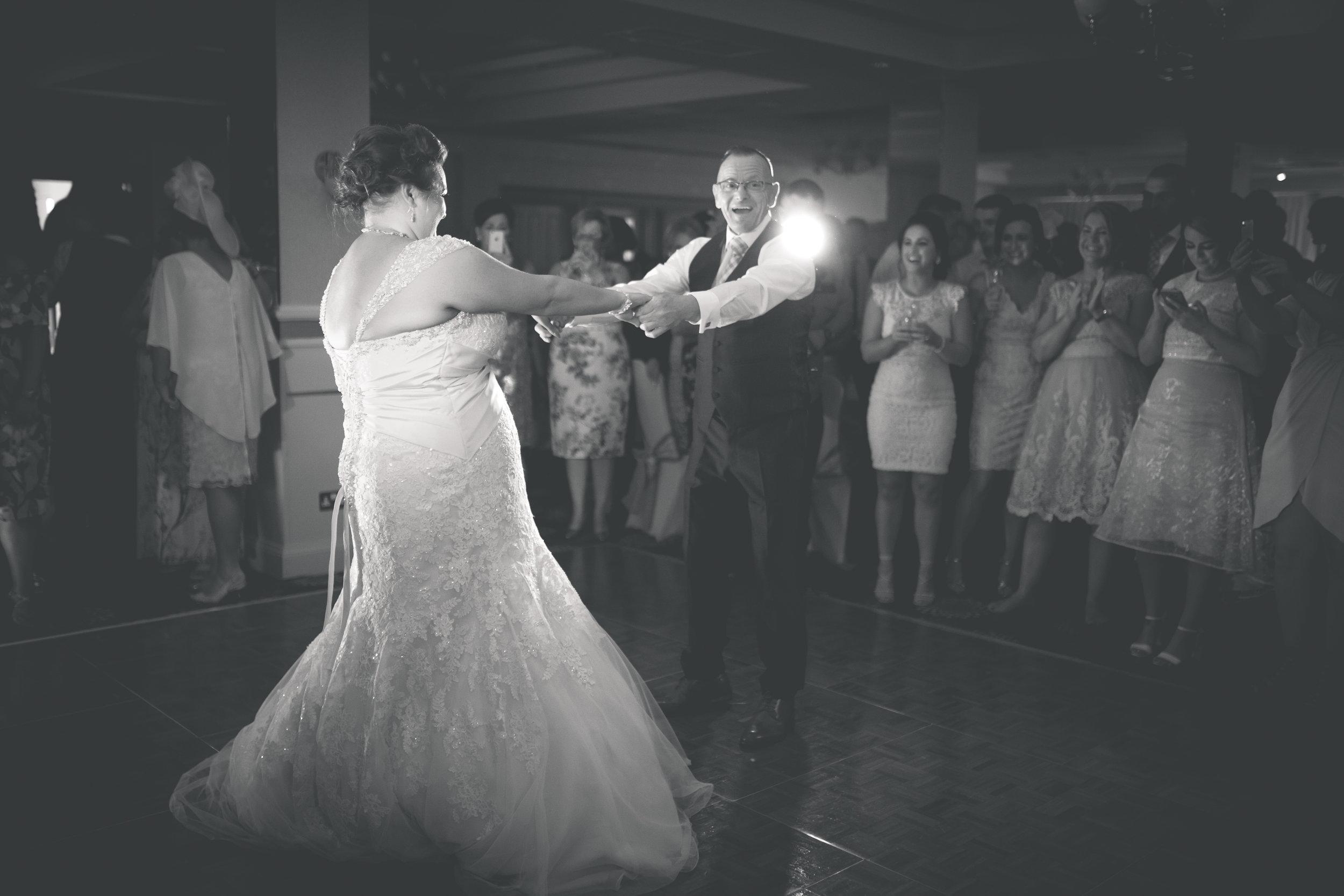 Antoinette & Stephen - First Dance | Brian McEwan Photography | Wedding Photographer Northern Ireland 39.jpg