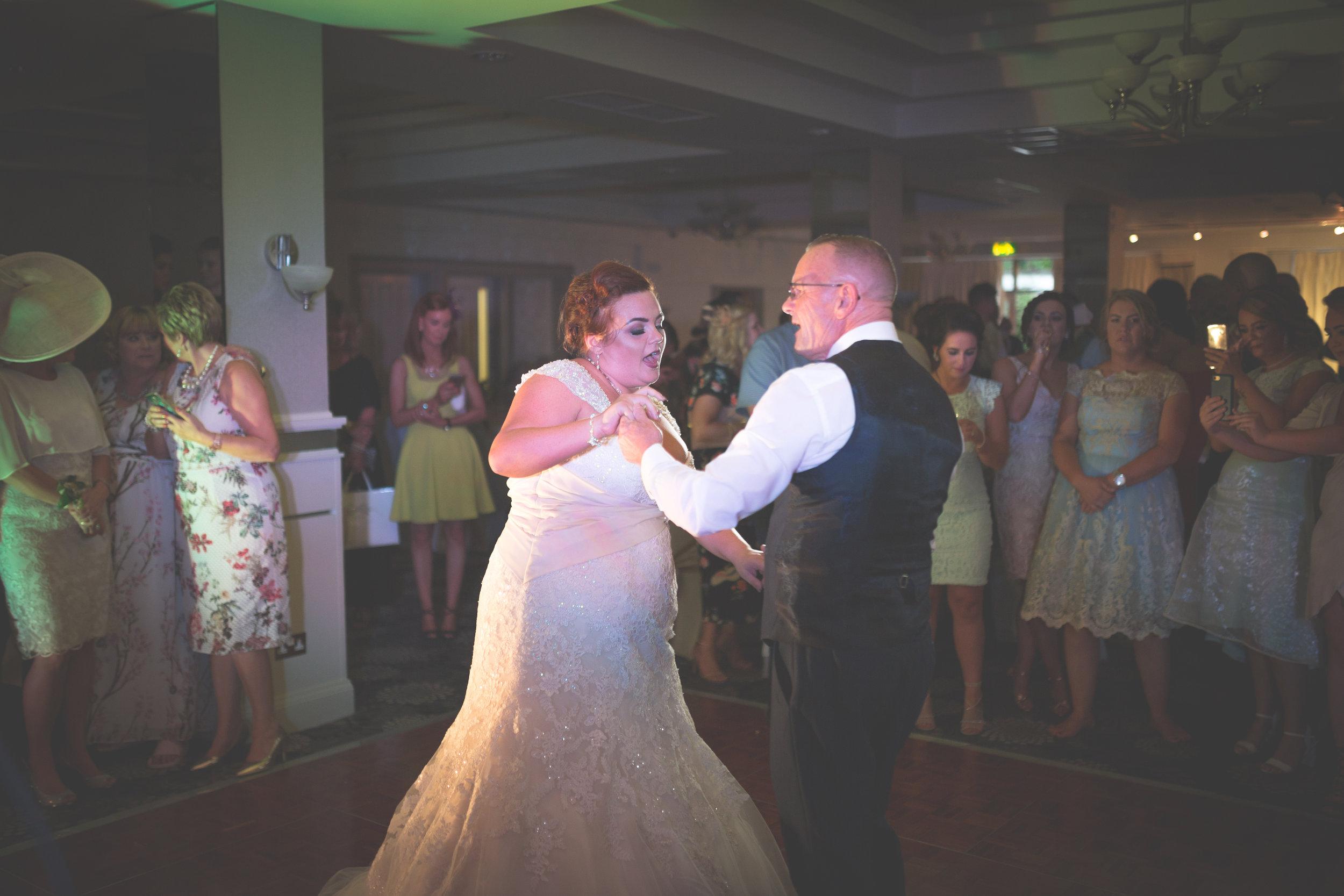 Antoinette & Stephen - First Dance | Brian McEwan Photography | Wedding Photographer Northern Ireland 47.jpg